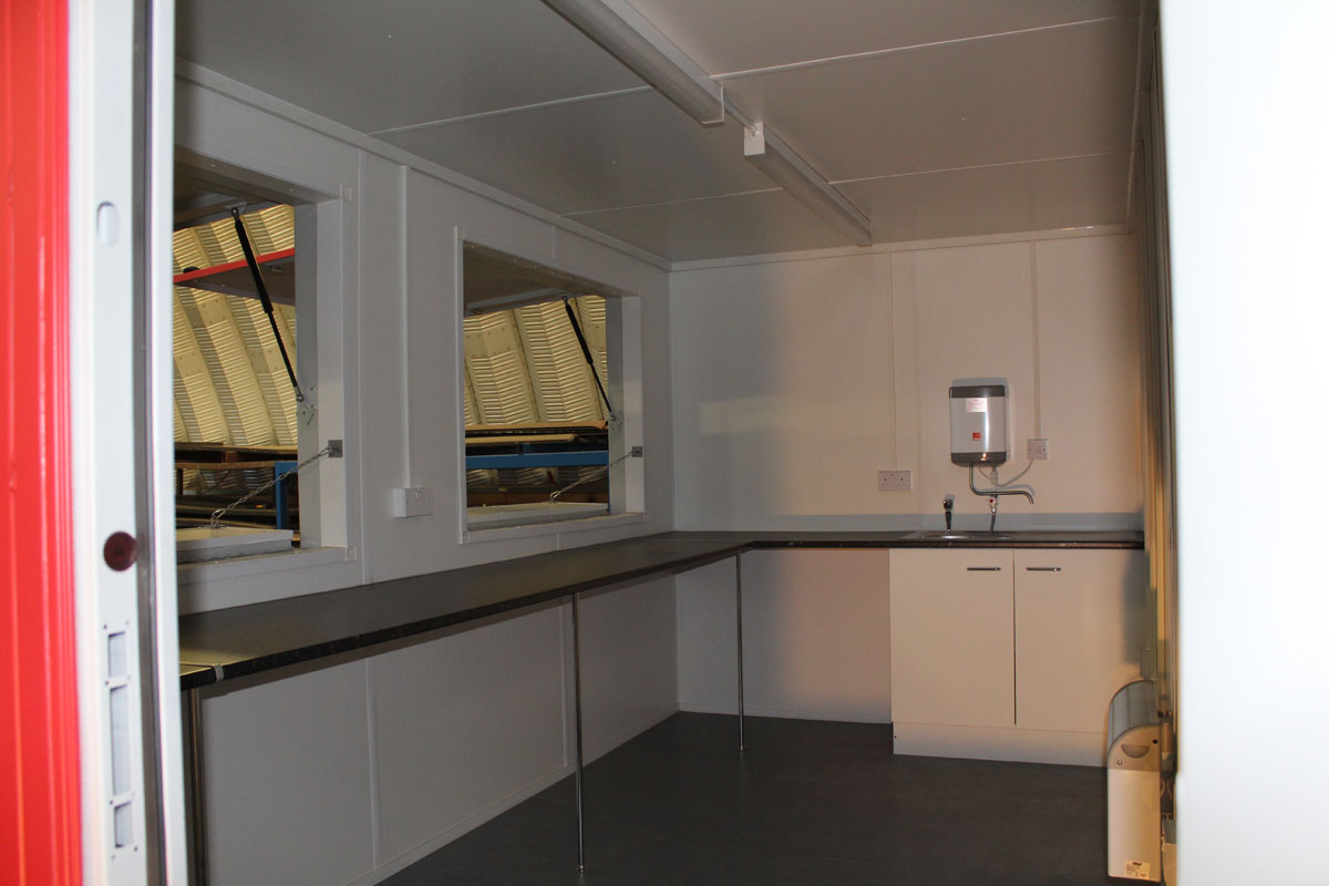 pop up catering unit with hatches inside