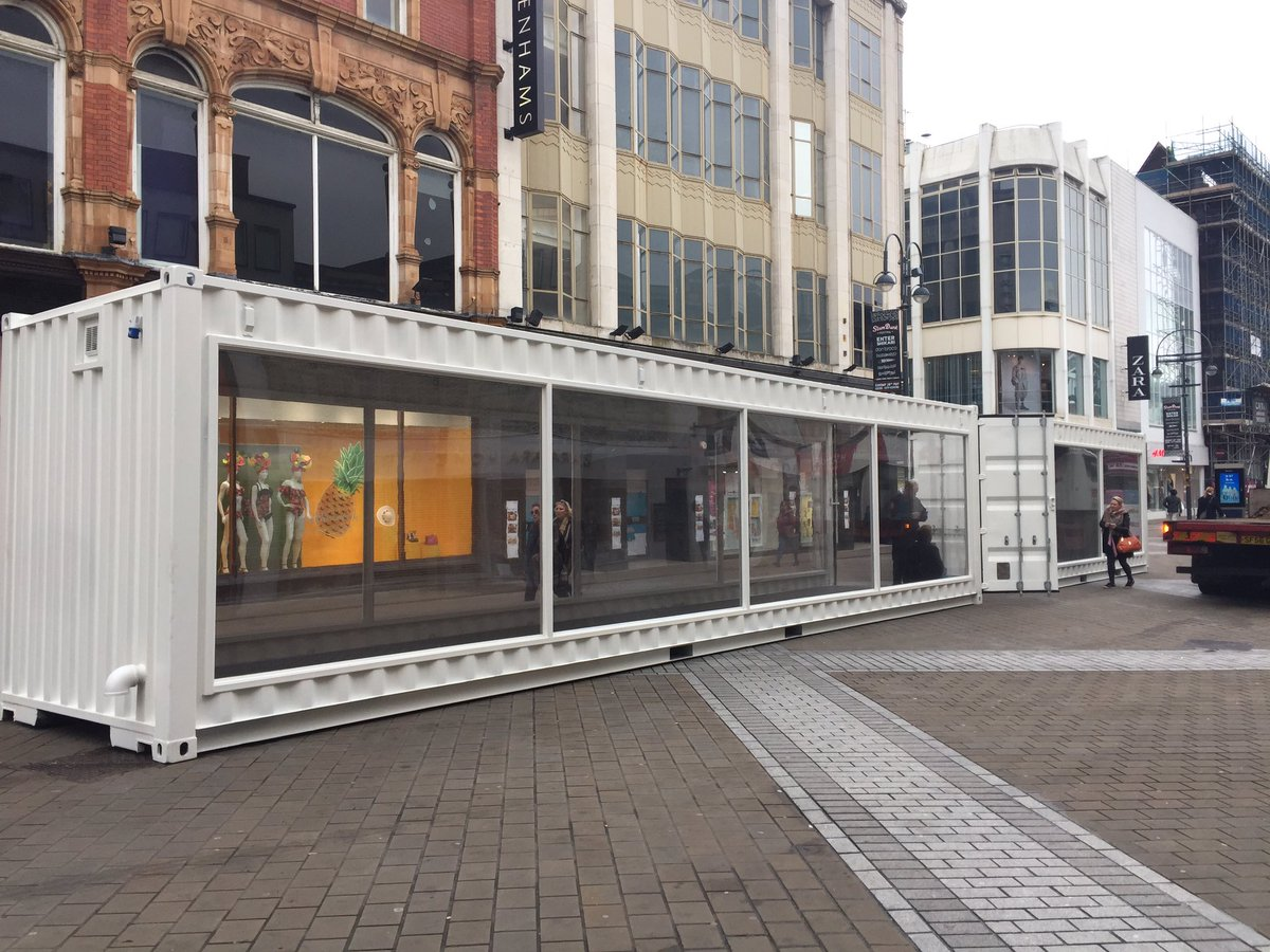 pop up catwalk shipping container outside